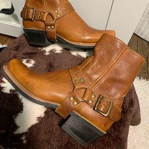 Frye Short Harness Boot Beaytiful